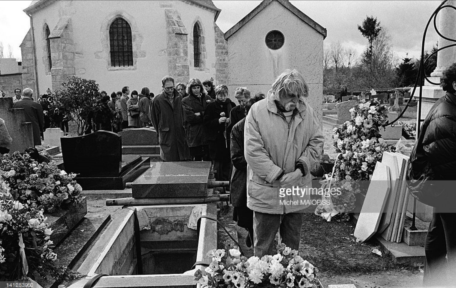 1994. Франсуа Каванна на похоронах Робера Дуано 5 апреля в Резо