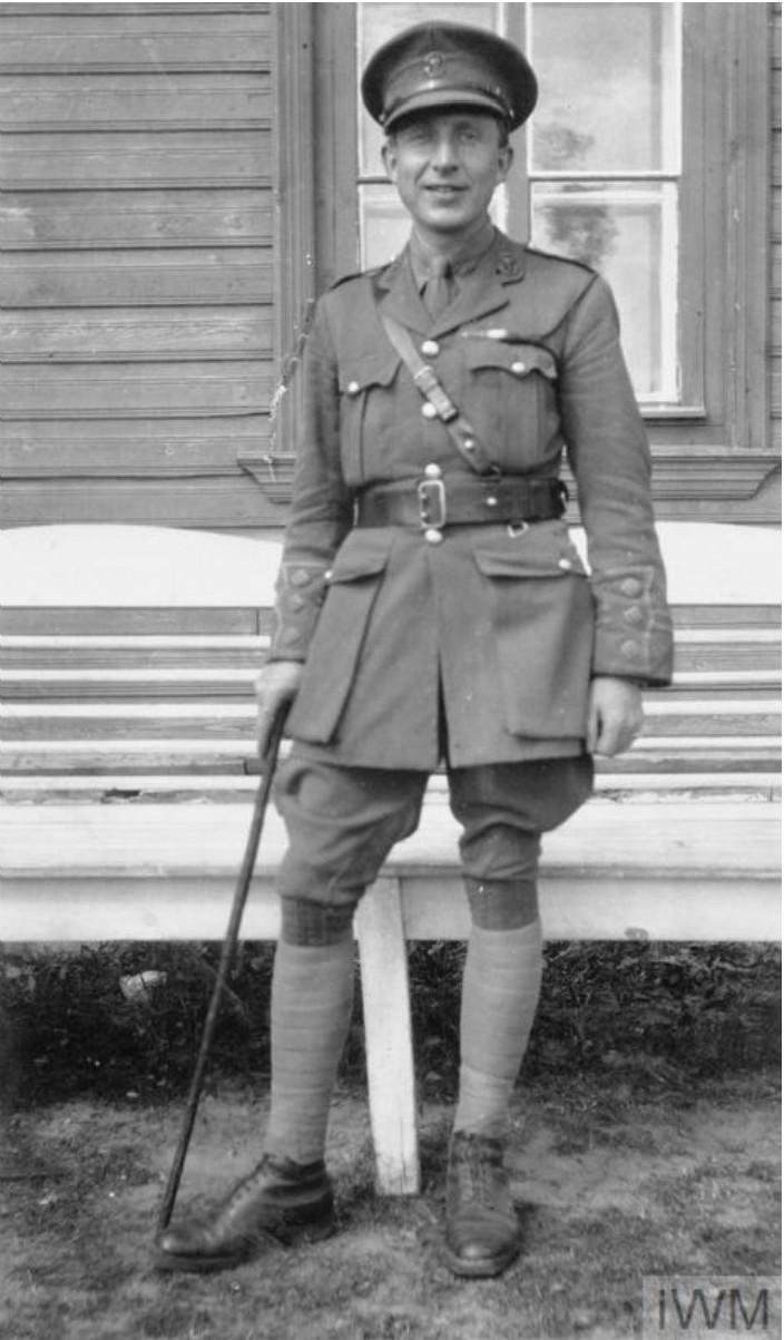 Капитан Лэнс, адъютант Карельского батальона