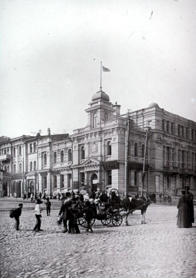 Вид на административное здание судовладельческого общества «По Волге»