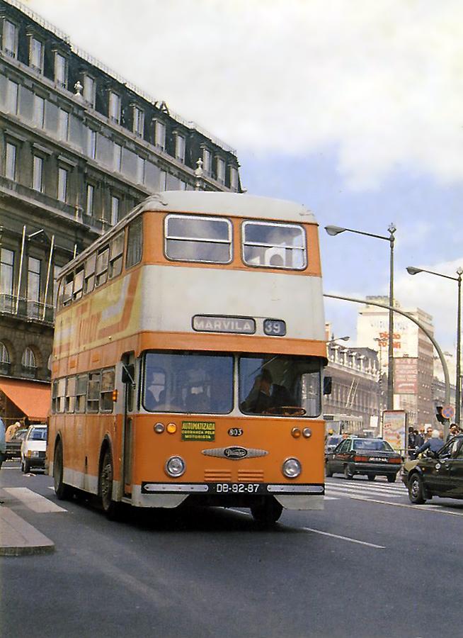 Lisboa - Carris - Autocarro.jpg