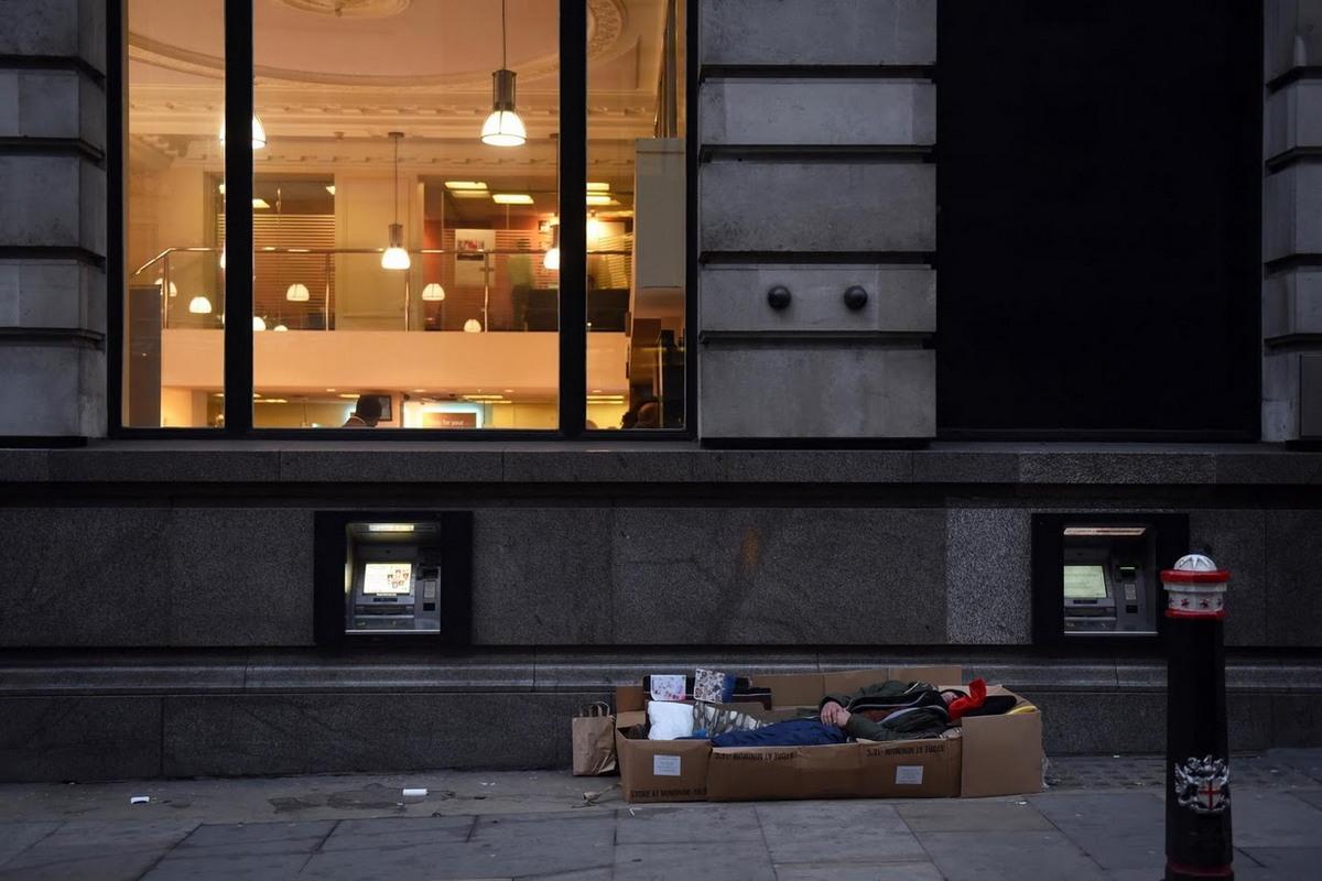 Бездомные на улицах Лондона