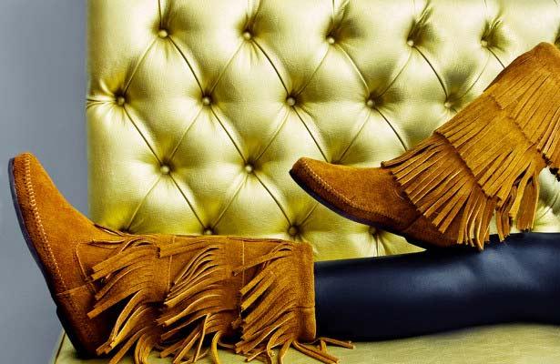 6 пар обуви