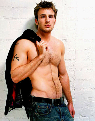 Chris_Evans_shirtless.jpeg