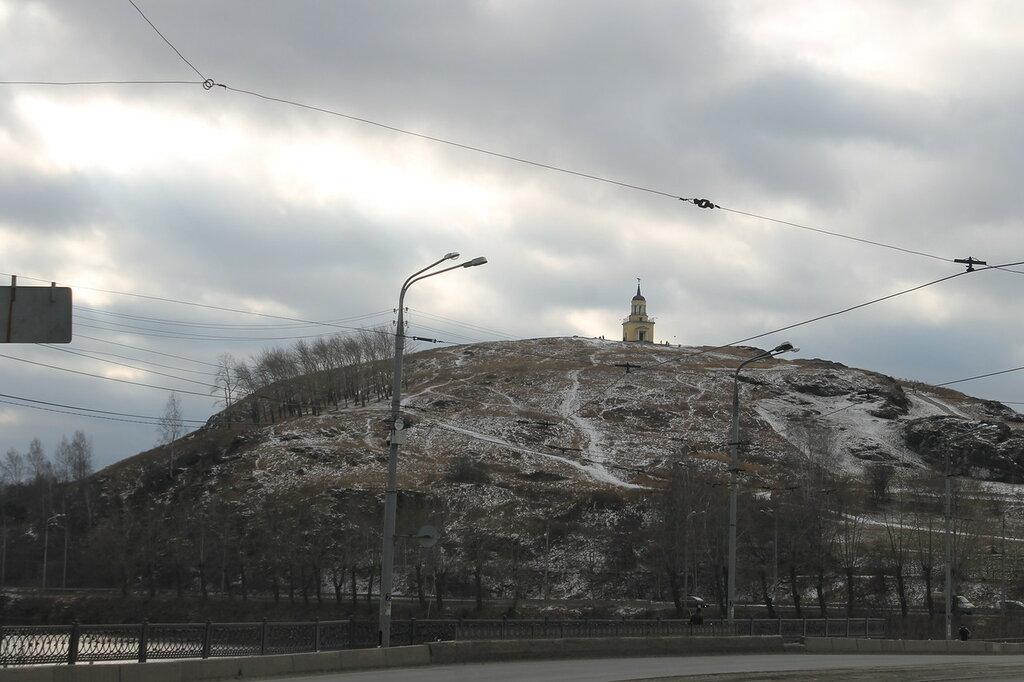 Памятник лисе на Лисьей горе.