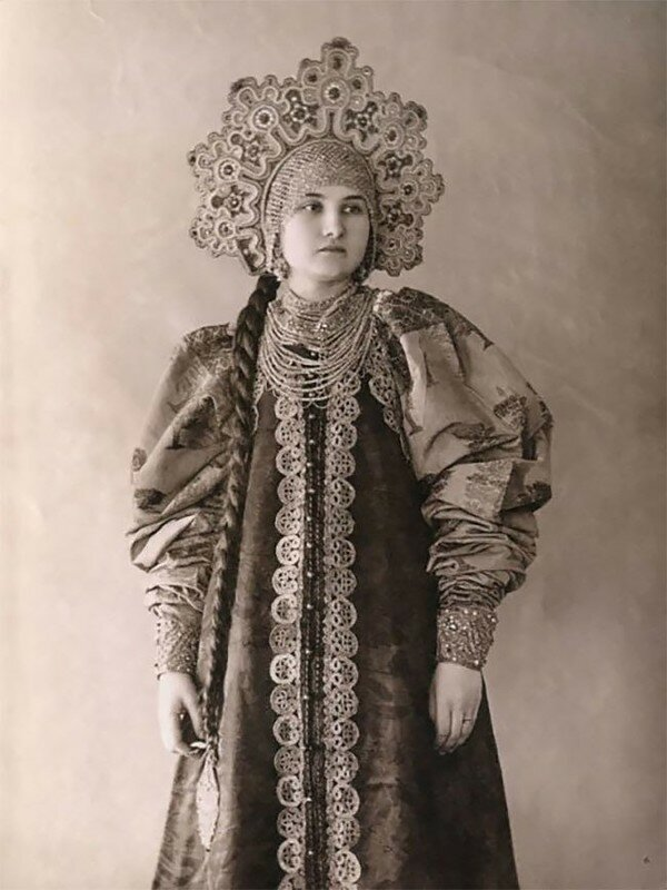 0 17a7e6 6bca5197 XL - Девушки в древних славянских костюмах на старинных фотографиях