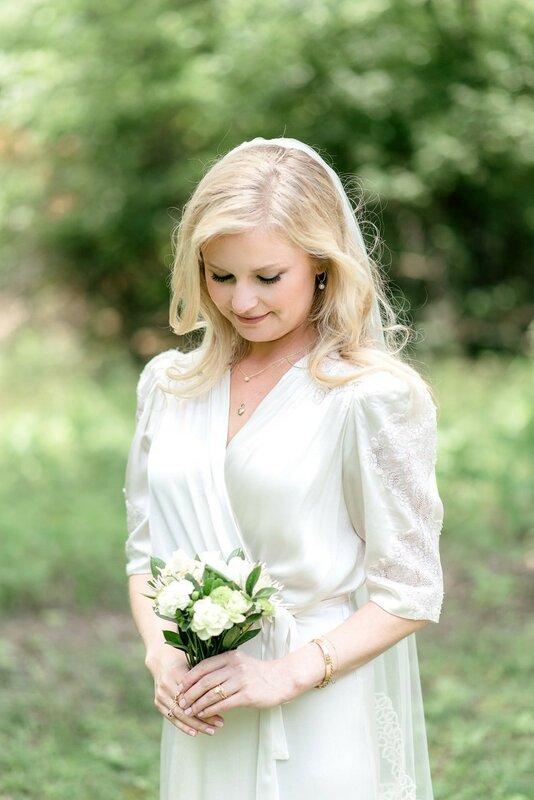 0 17b10e 2208ac2d XL - Купить свадебное платье или взять напрокат?