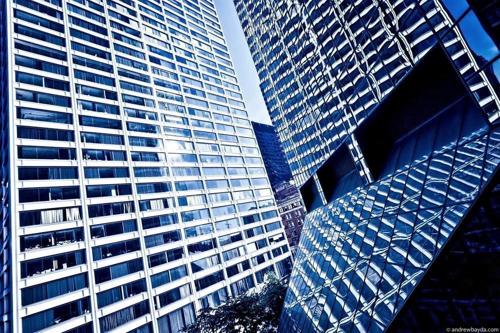 Это примерно то, что ты видишь из своего окна, просыпаясь среди небоскребов Даунтауна. Я до сих пор