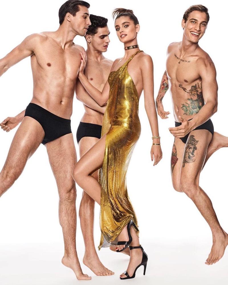 Тейлор Хилл в Vogue Japan