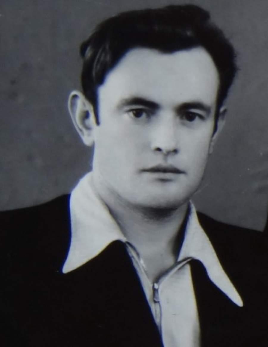 Станислав Курилов    Курилов работал инструктором по глубоководному погружению