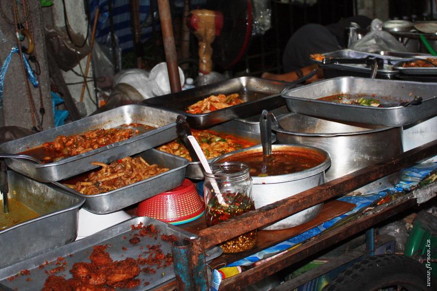 Bangkok_night12_zps2078bb5d.JPG