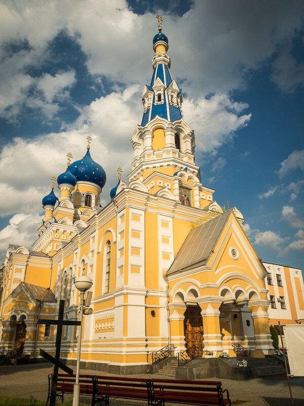 Братская Николаевская церковь
