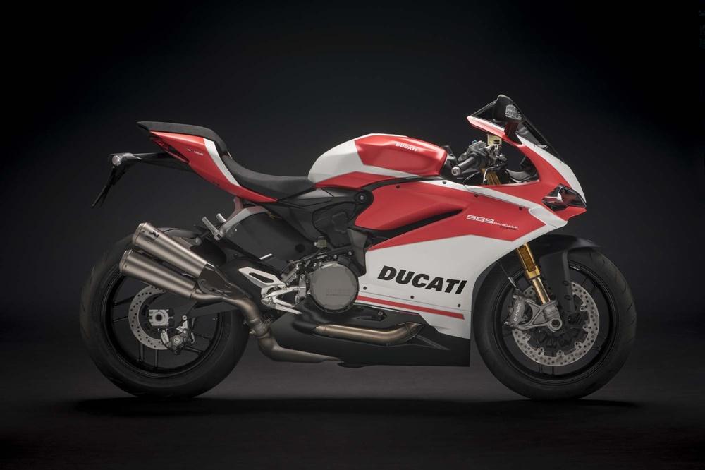 EICMA 2017: спортбайк Ducati 959 Panigale Corse 2018