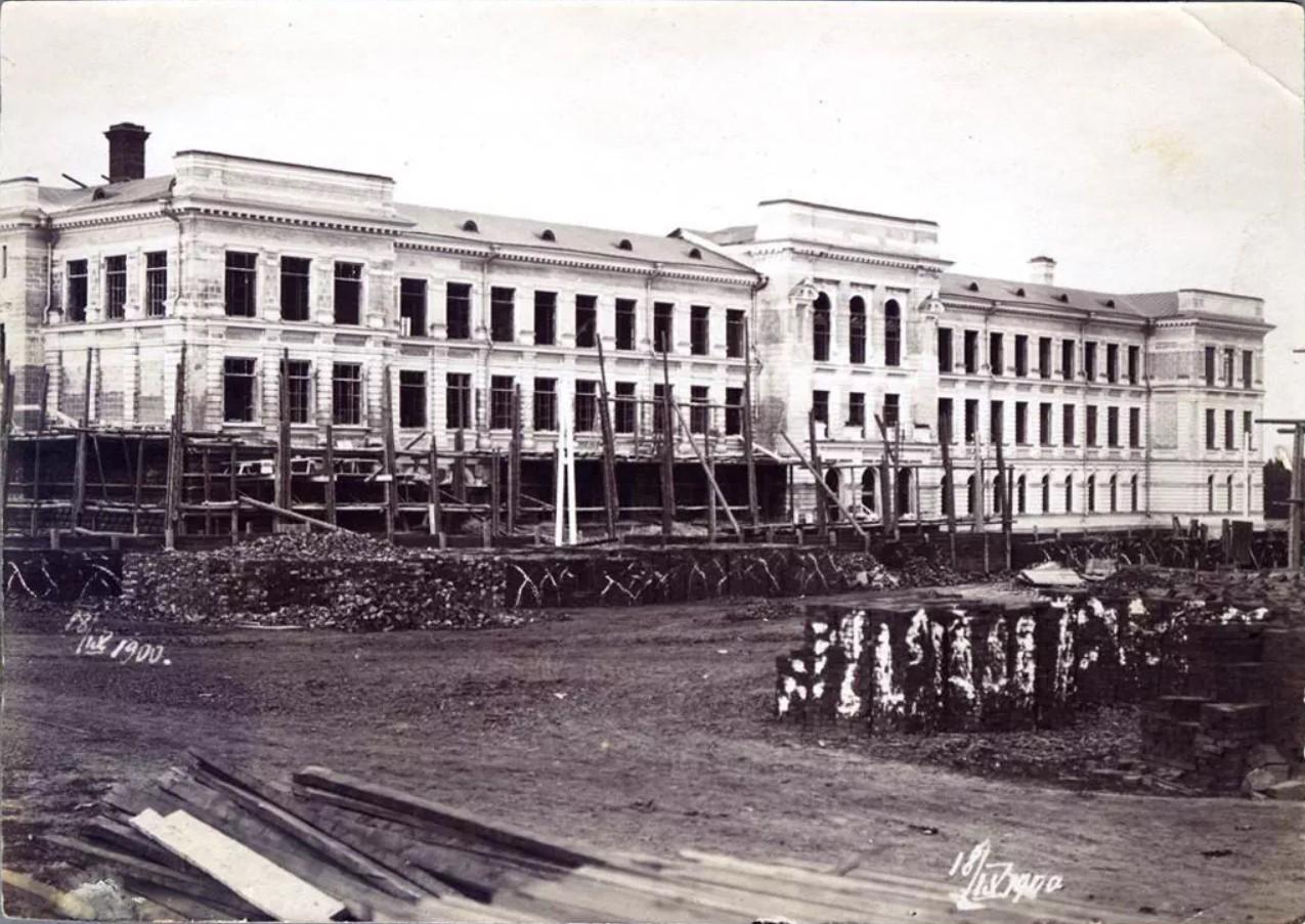 Строительство главного корпуса Томского технологического института