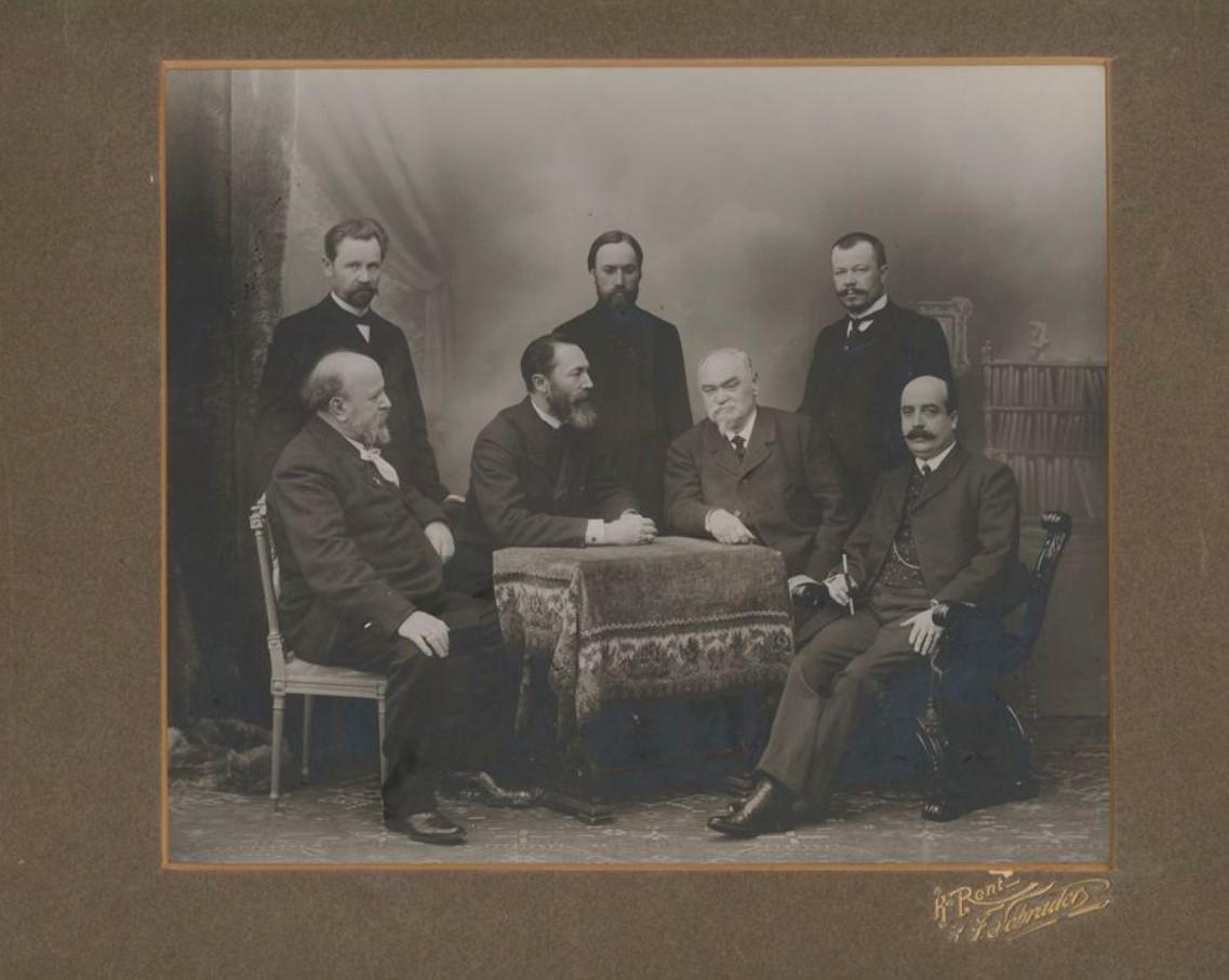 Портрет А.А. Савельева с группой