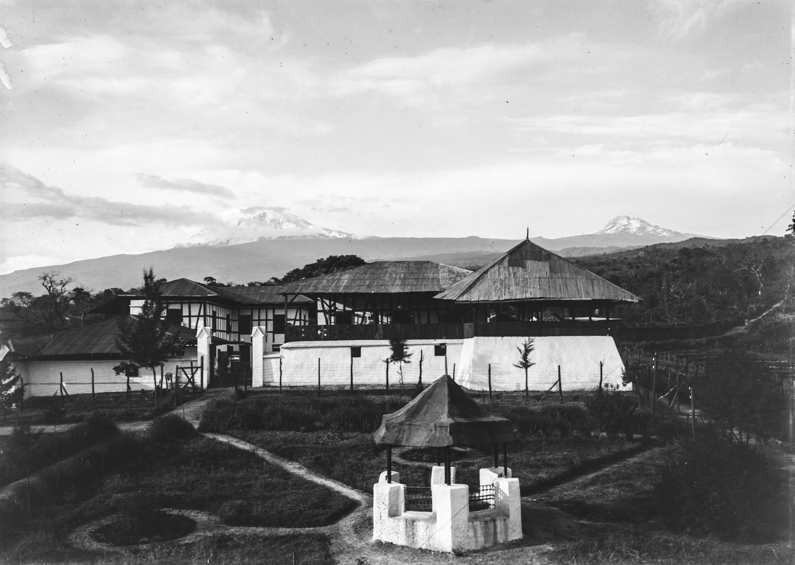 122. Станция немецкого общества Восточной Африки (ДОАГ) в Моши
