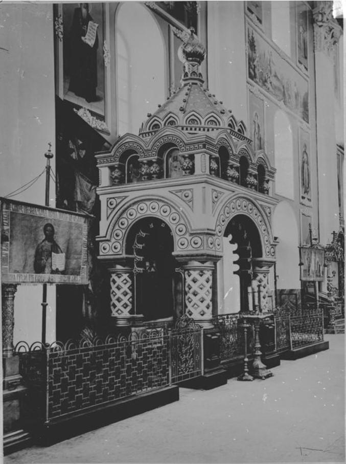 Гробница Козьмы Минина в Спасо-Преображенском Кафедральном соборе