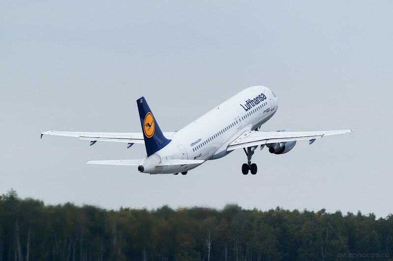 Airbus A320-214 (D-AIZC) Lufthansa 0369_D805683
