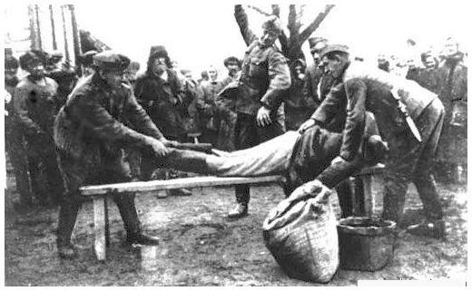 german-soldiers-spanking-civilians-second-world-war.jpg