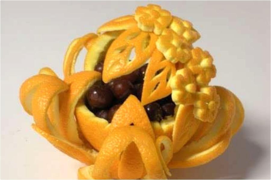 Фруктовый салат в апельсиновых чашечках - карвинг апельсина-высший пилотаж!