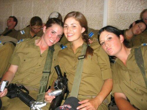 0 179deb 3e04d2e5 L - В израильской армии есть, на что посмотреть
