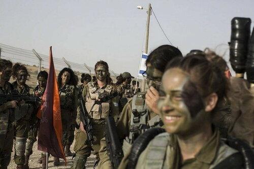 0 179dfb 8bfb8544 L - В израильской армии есть, на что посмотреть