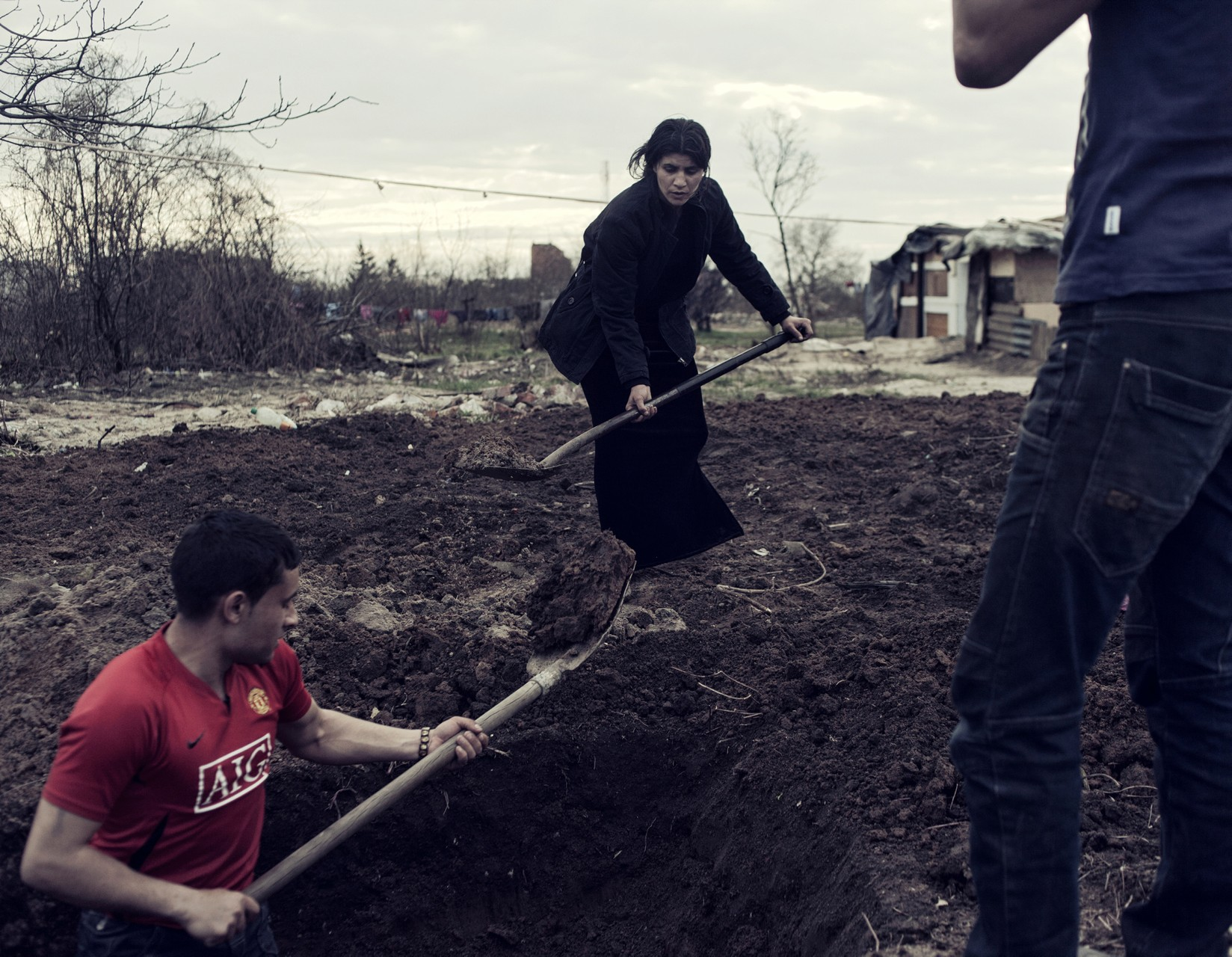 Барак польских цыган. Обычно барак строится за один день.