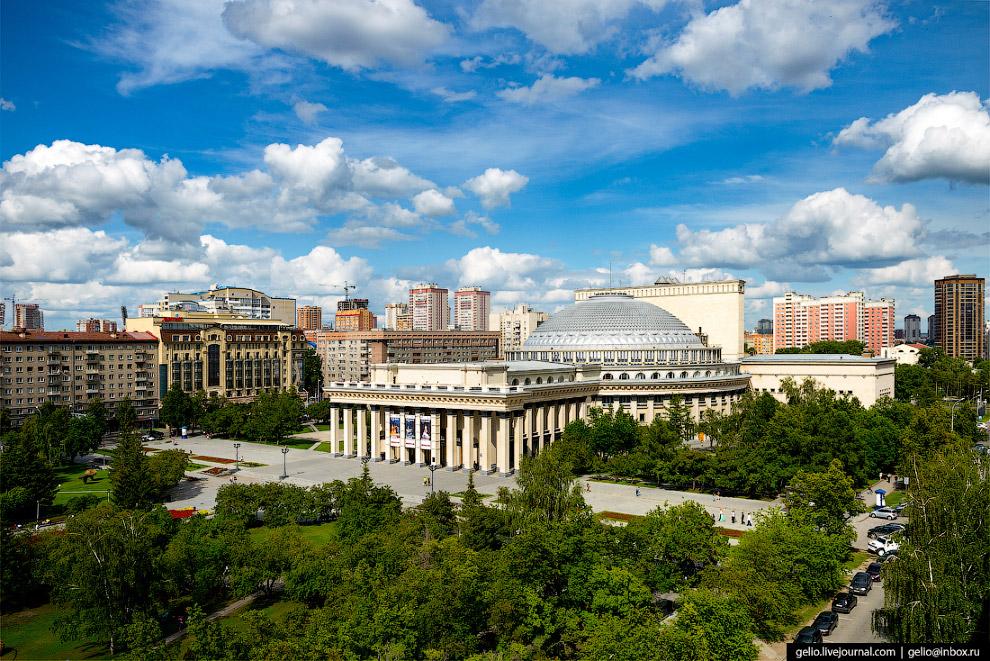 5. Новосибирский оперный театр — крупнейший в России.