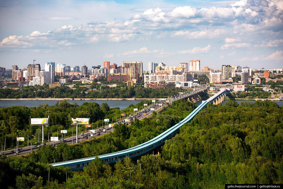 60. Бугринский — самый «молодой» из автомобильных мостов через Обь в Новосибирске.