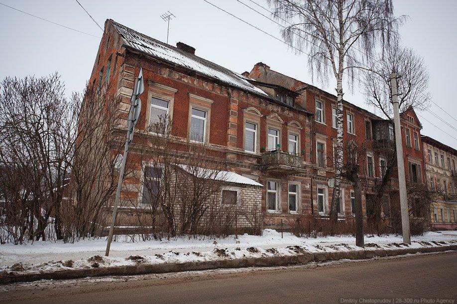 Здание Свято-Михайловской церкви, которое раньше было Лютеранской кирхой: