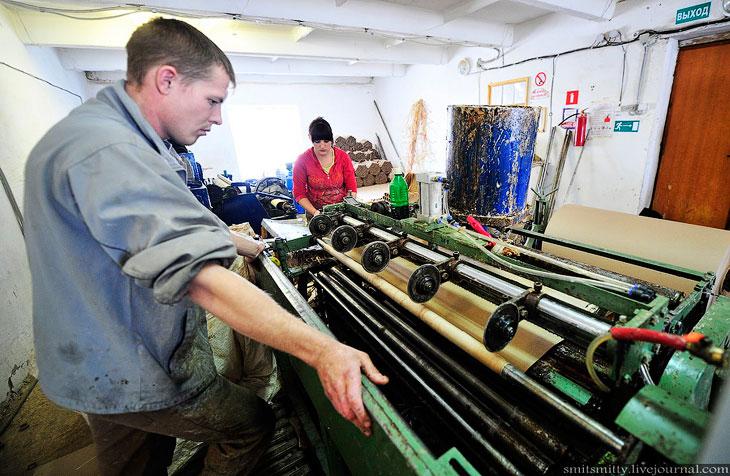 В цехе изготовления направляющих трубок работают всего два человека: