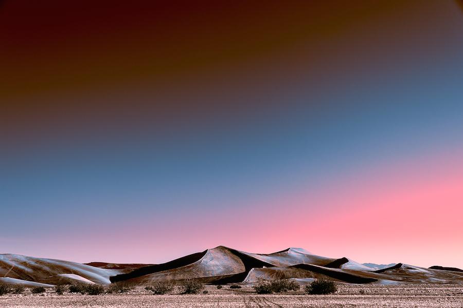 Зарево над пустыней: инопланетные пейзажи Стефано Гарделя