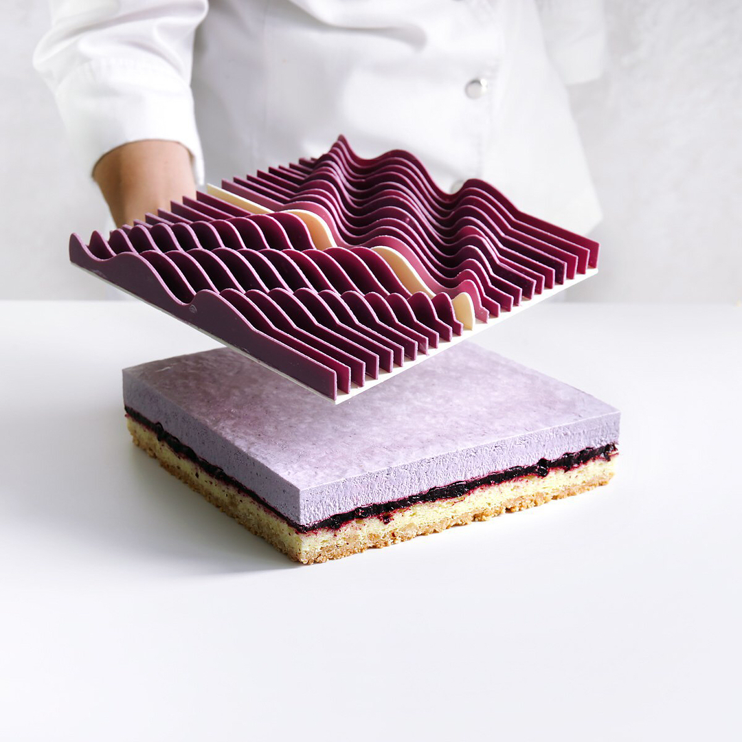 Bold New Mathematical Cake Designs by Dinara Kasko (9 pics)