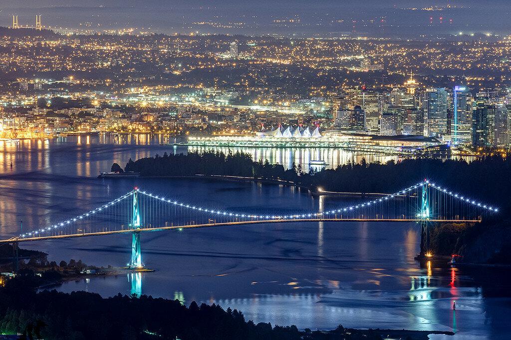 Ванкувер ночью.jpg