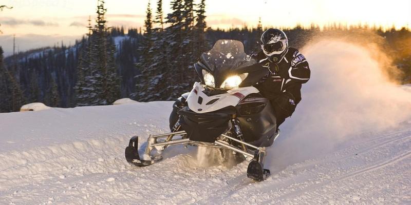 Рекомендации по эффективному управлению снегоходом