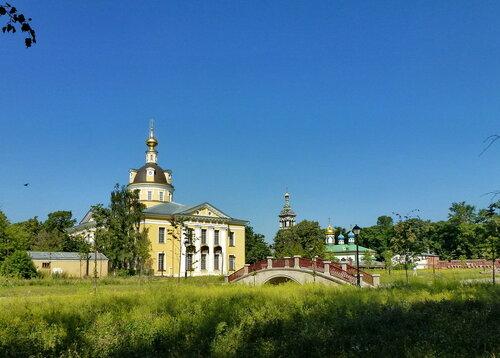 Собор Покрова Пресвятой Богородицы на Рогожском кладбище в Москве