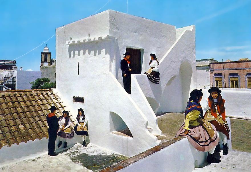 Algarve - Açoteia Típica.jpg