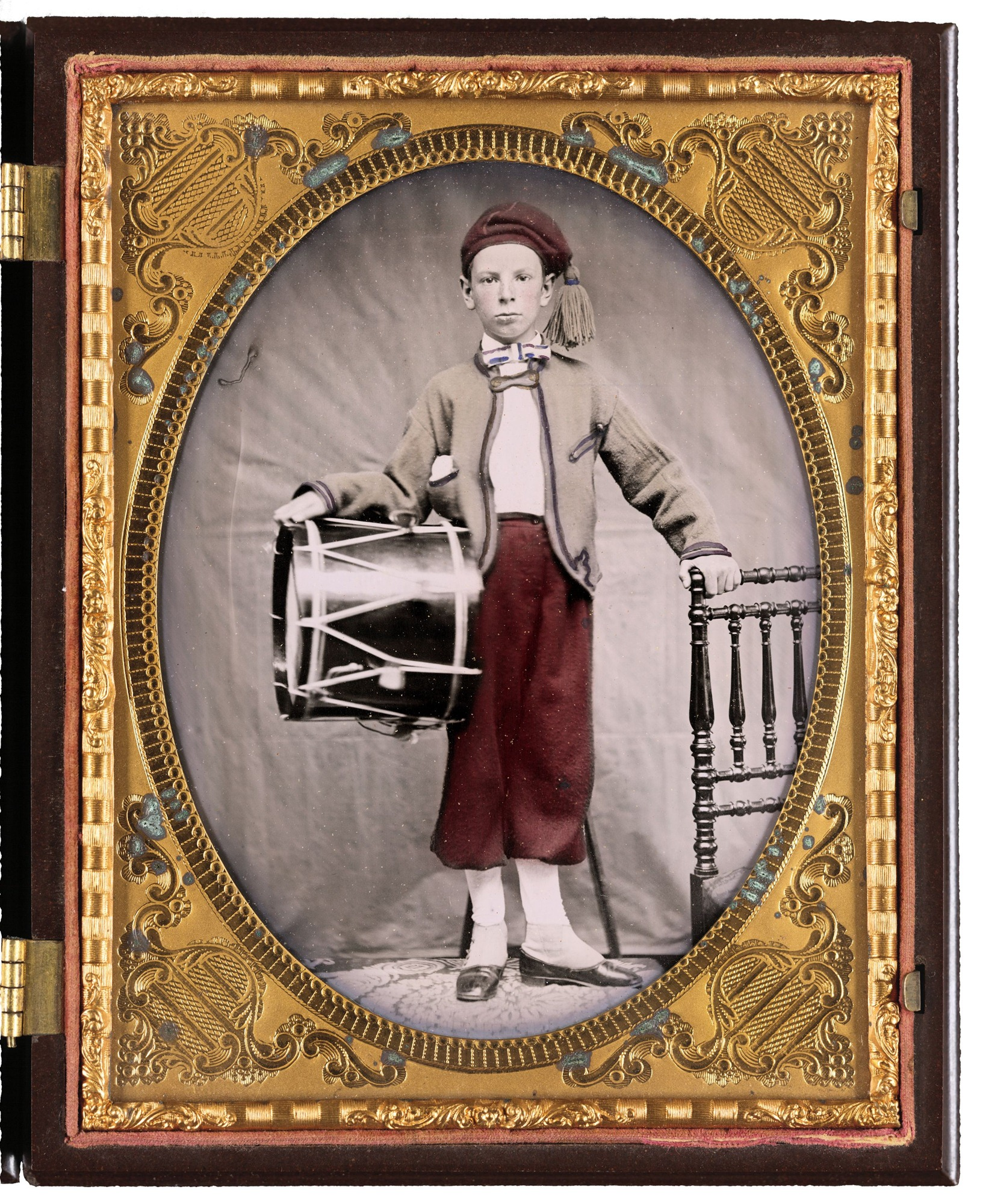 Unidentified-boy-in-Union-zouave-uniform-with-drum.jpg