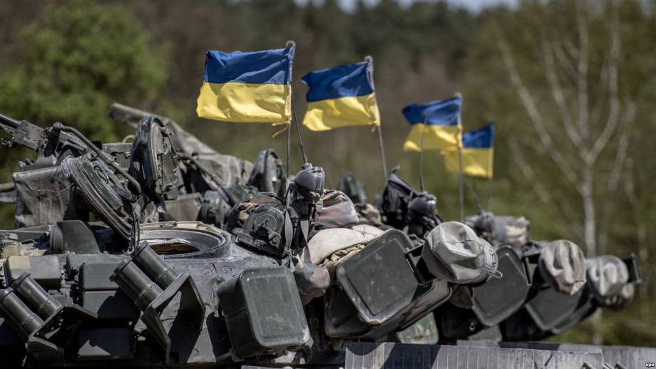 Президент, премьер, секретарь СНБО и председатель Верховной Рады поздравили воинов с Днем Вооруженных сил Украины
