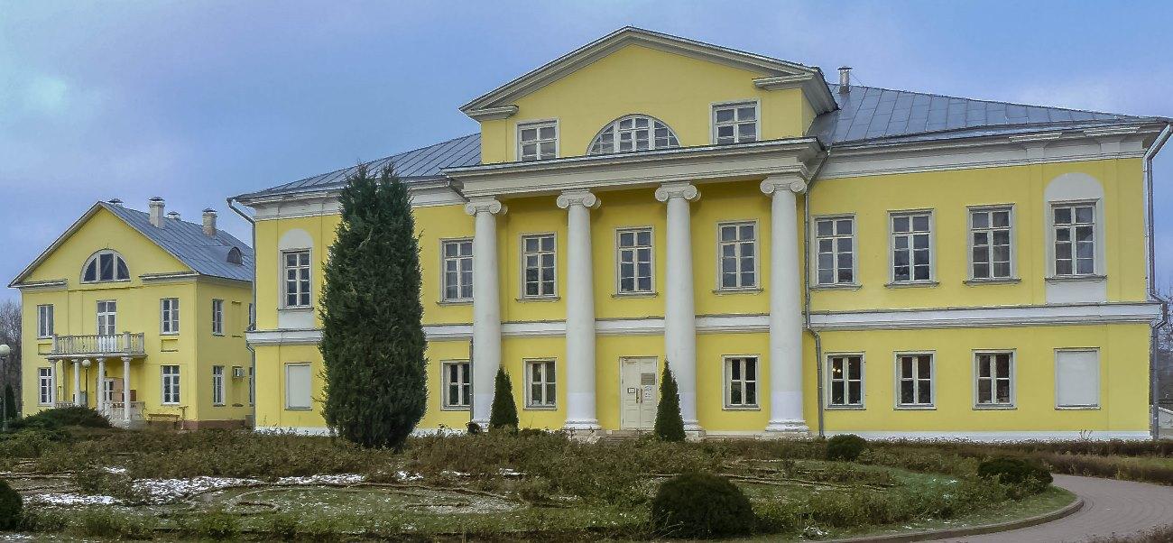 irina-fortuna-sviblovo-estate 01.jpg