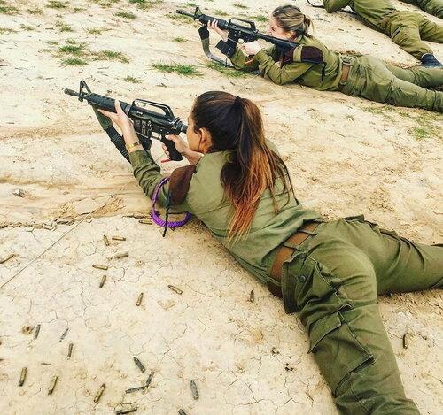 0 179e01 becc502a L - В израильской армии есть, на что посмотреть