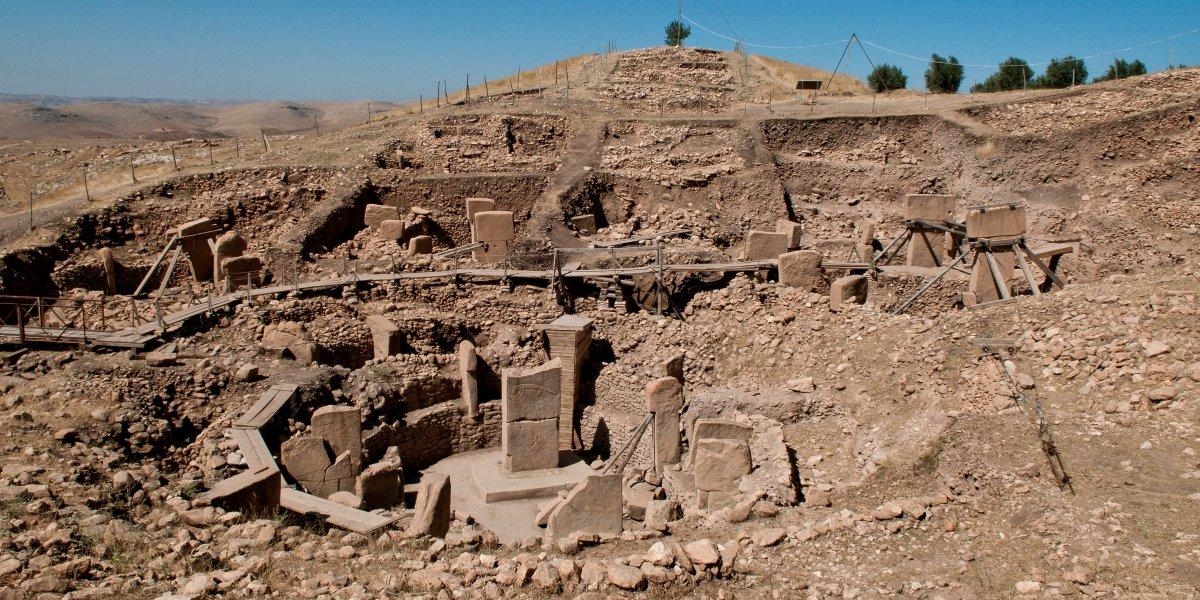 Старейшее здание на земле — Гёбекли?-Тепе? — находится на территории современной Турции. Было постро