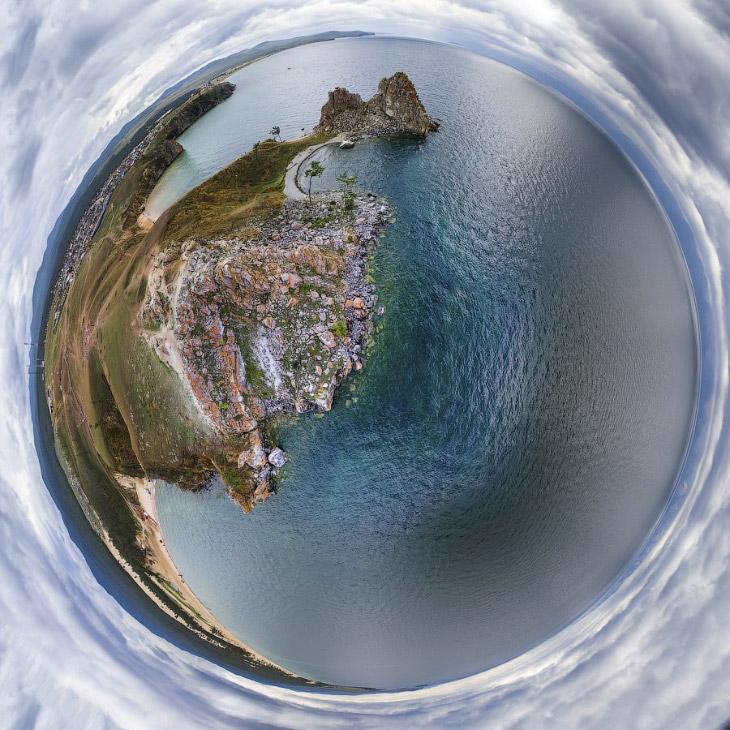 2. Попасть на Байкал можно разными путями. Как правило, желающие посетить его сначала отправляются в