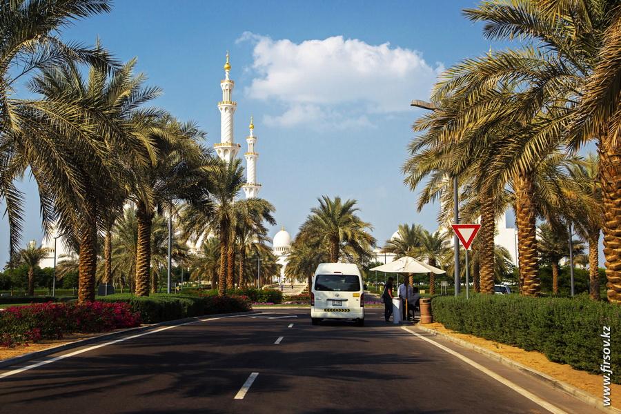Abu-Dhabi8.JPG