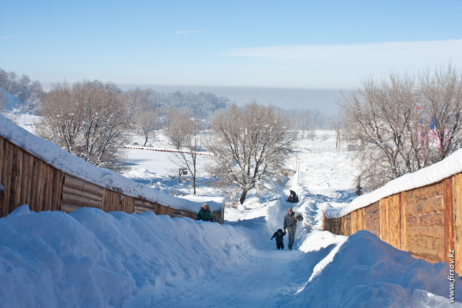 Winter_Home_Club13_zps2819b2c7.JPG