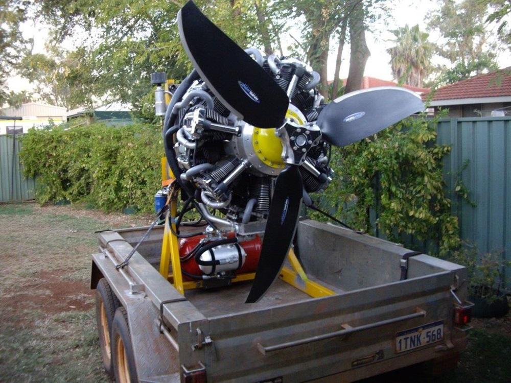 14-цилиндровый мотор Рассела Саттона на базе Yamaha XV (свежие фото)