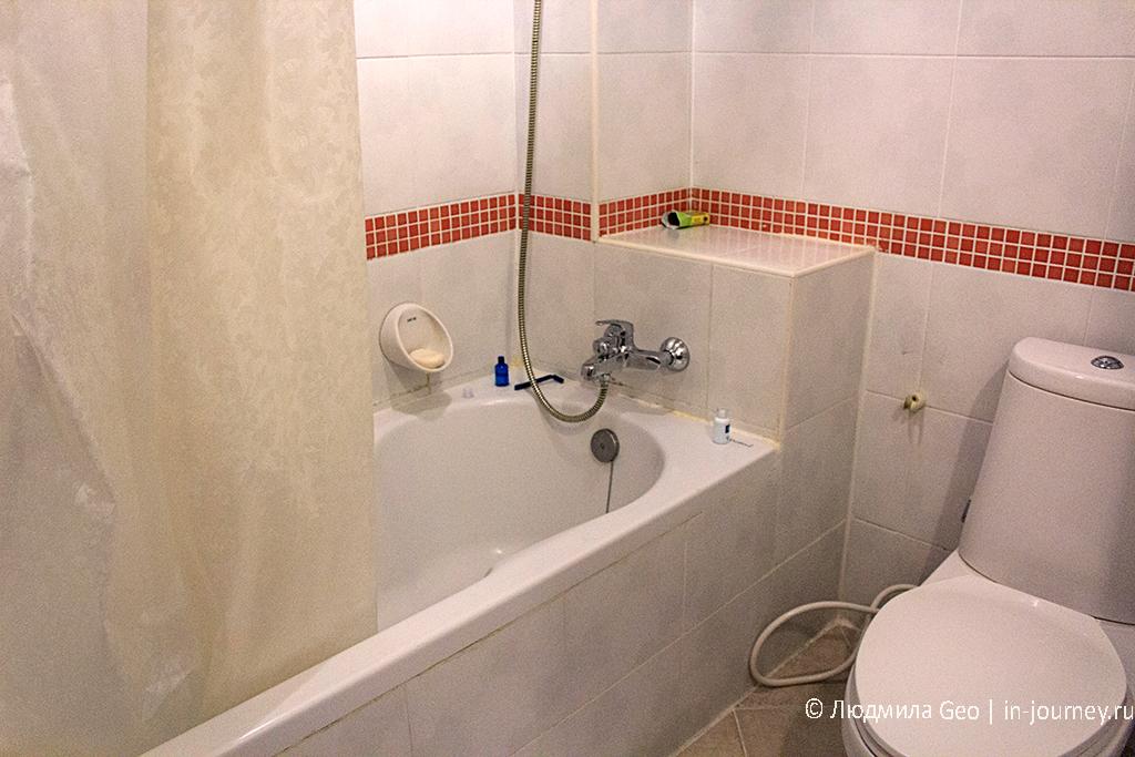 ванная комната в Naris Art отеле