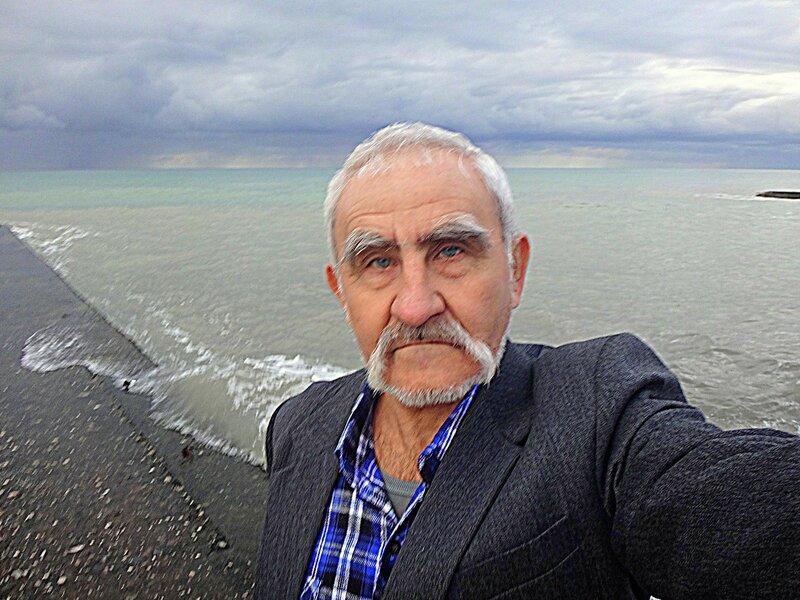 У моря Чёрного, Новогоднего, с наилучшими пожеланиями....JPG