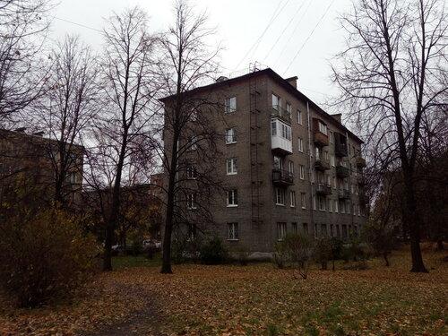ул. Пинегина 17