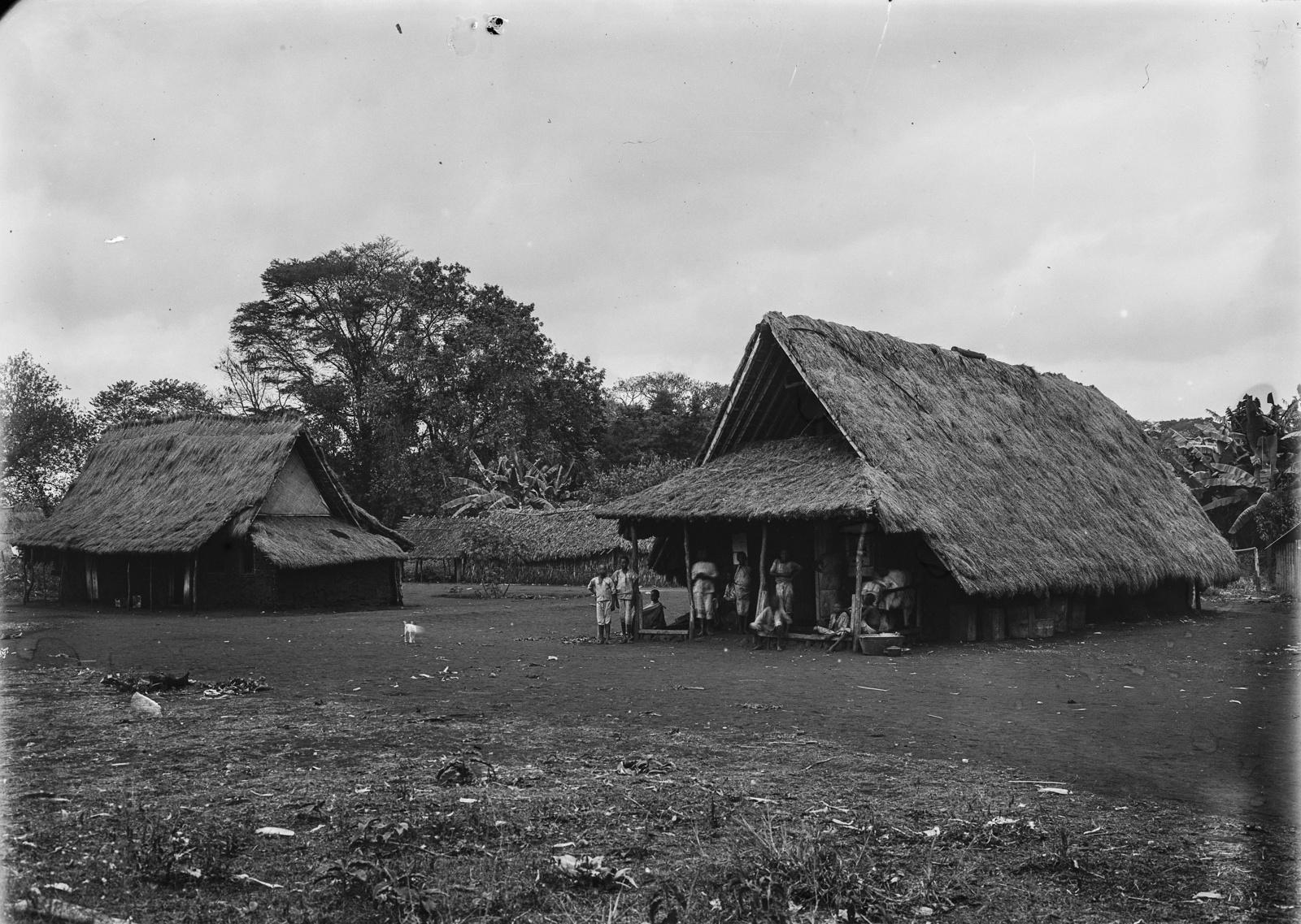 44. Поселение, вероятно, станция немецкого общества Восточной Африки (ДОАГ) в районе Килиманджаро