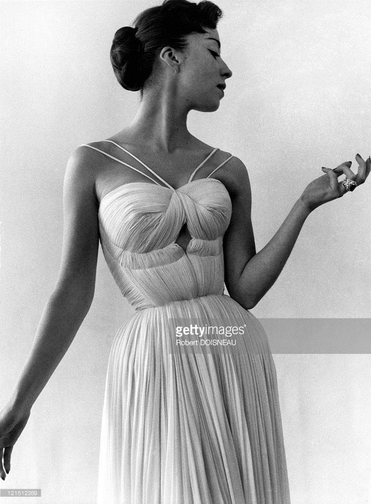 1955. Платье от Gres